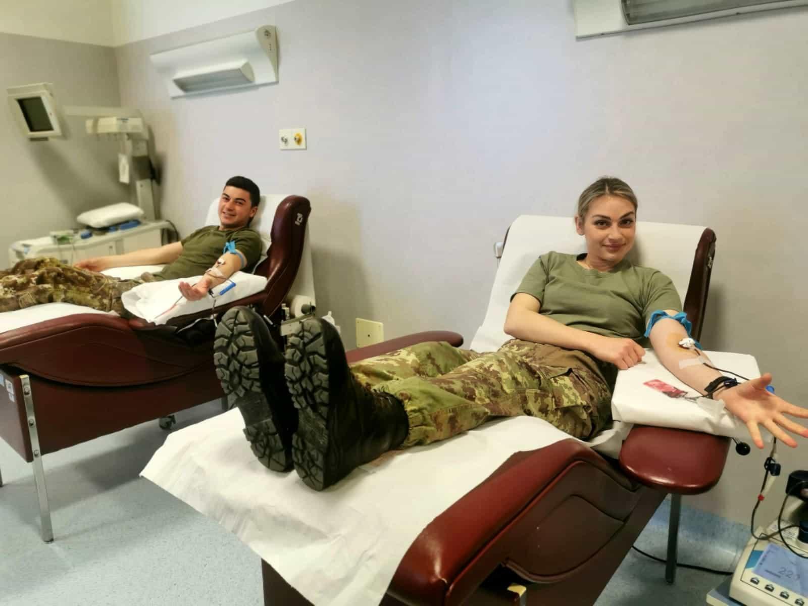 Foto 2 - I militari donano. jpeg-2