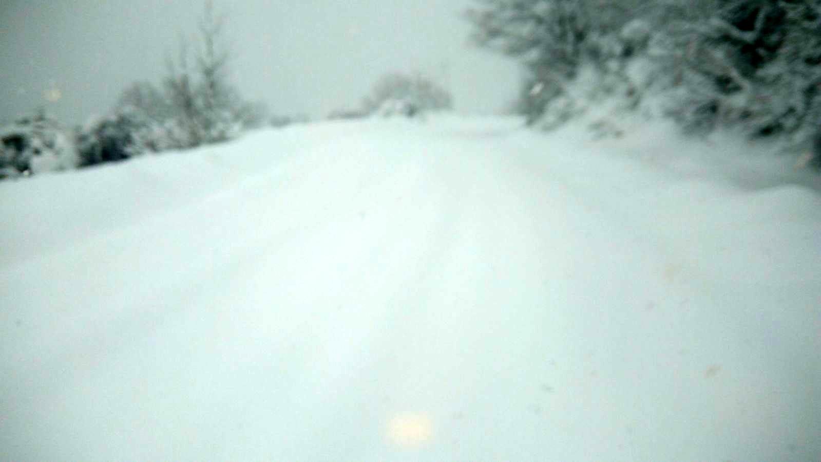Neve sulla sp Vico ischitella-2