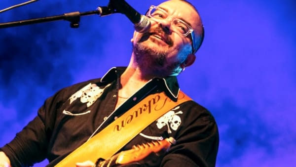 I successi dei Nomadi ad Alberona: alla festa patronale la storica voce e chitarra Danilo Sacco