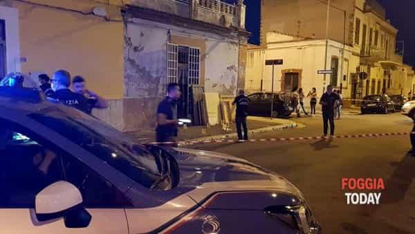 VIDEO - Colpi d'arma da fuoco a Foggia, fratelli feriti in via Occidentale: le immagini sul luogo della sparatoria