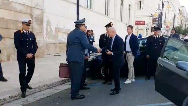 """Il segnale forte del Prefetto ai viestani, dove si spara in pieno centro. Il sindaco: """"Poteva esserci una San Marco due"""""""