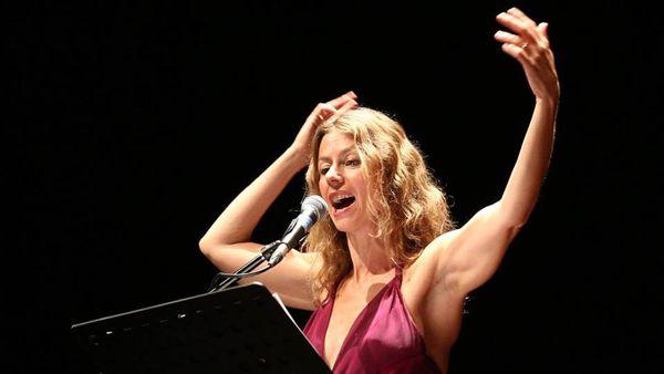 Amanda Sandrelli in trio con Liliana Bernardi ed Elena Matteucci. Musica e poesia al Teatro Giordano