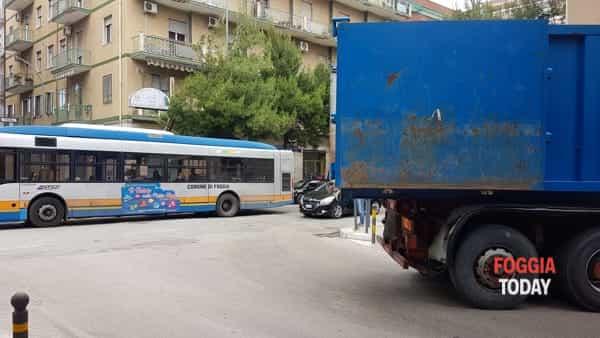 incidente piazza san francesco-2