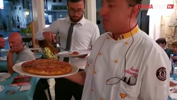 A Peschici cento pizze contro il bullismo: successo per la staffetta benefica gourmet
