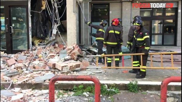 VIDEO | Bomba alla Banca Popolare di Novara: malviventi portano via sportello bancomat