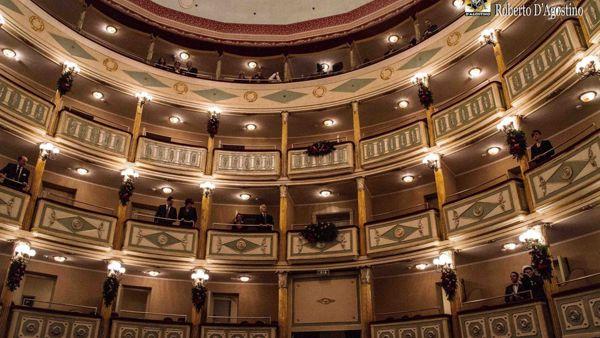 """""""Il Teatro Ha Classe"""", un mese di eventi per far conoscere il """"Giordano"""" alle scuole"""
