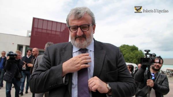 Emiliano plaude al suo modello di Sanità: 5mila assunzioni in Puglia, nessun ospedale chiuso e cittadini soddisfatti