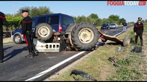 Tragedia nel Foggiano, trattore si ribalta dopo lo scontro con un'auto: un morto e un ferito