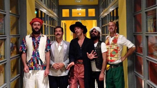 I Nobraino in concerto a Lucera. Il tour della band romagnola fa tappa a Palazzo D'Auria