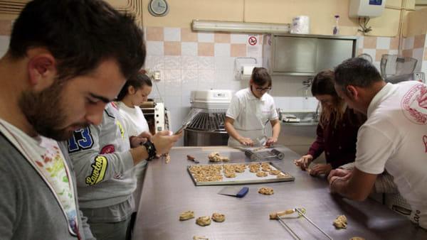 Laboratorio-di-panificazione-e-dolci-tradizionali-del-Gargano-1-1024x732-2