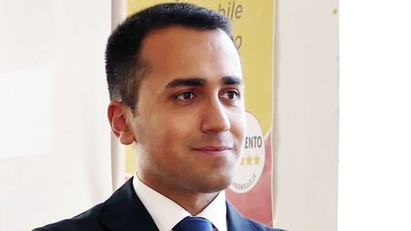 Due referendum, due 'no': a Manfredonia arriva Luigi Di Maio