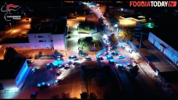VIDEO - Massiccio intervento di carabinieri e cacciatori a San Severo: le immagini dell'operazione 'Ripristino'