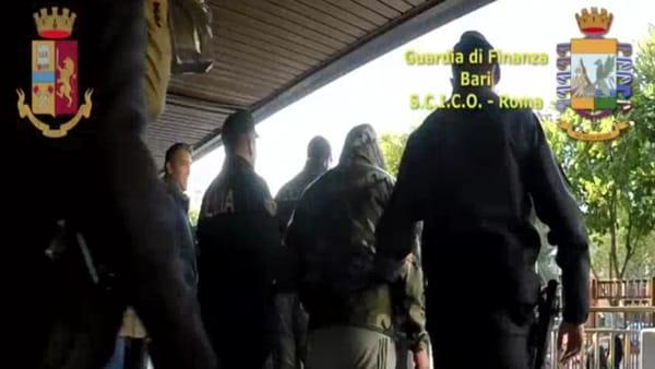 Operazione antimafia nel Foggiano: le immagini degli arresti e del blitz che ha inchiodato i clan Li Bergolis e Papa
