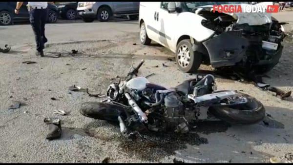 VIDEO   Mortale alla periferia di Foggia, perde la vita 25enne: le immagini sul luogo dell'incidente
