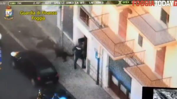 VIDEO - Scoperto traffico di droghe pesanti sull'asse Capitanata-Molise. Il capo percepiva il reddito di cittadinanza