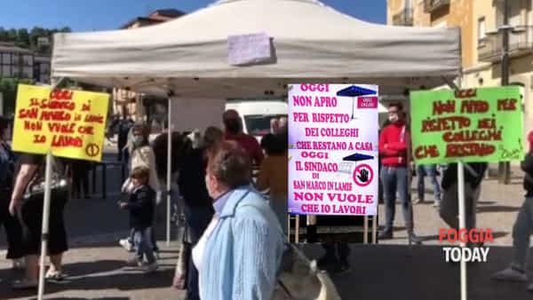 """""""O tutti o nessuno"""". Ambulanti sul piede di guerra a San Marco in Lamis: """"Non apriamo per i colleghi lasciati a casa"""""""