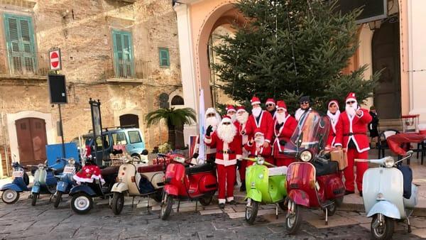 A Torremaggiore arriva Babbo Natale in Vespa