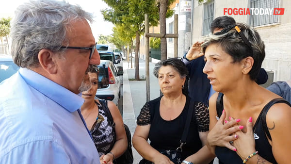 """Emergenza abitativa, Emiliano pronto a comprare case a Foggia: """"Noi cerchiamo soluzioni, Landella prende in giro i disperati"""""""