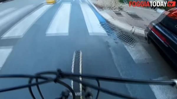 VIDEO | Foggia fa spazio ai ciclisti: a spasso per la città lungo la pista blu dedicata alle due ruote