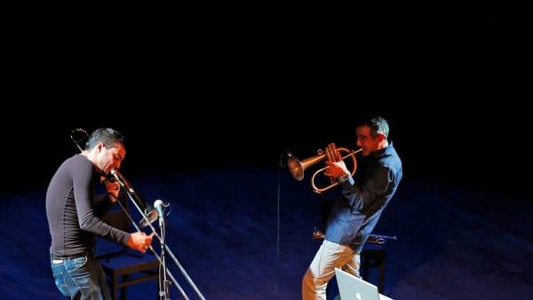 Paolo Fresu e Gianluca Petrella in concerto: il grande jazz al Teatro Mercadante