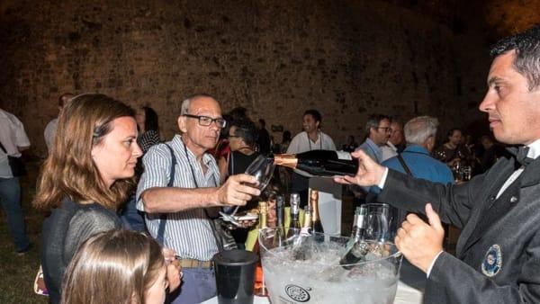 Torna 'Bollicine di Puglia': a Monte Sant'Angelo il festival dei vini spumanti