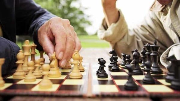 Capacità logiche, concentrazione e strategie: a Foggia ecco il torneo di scacchi