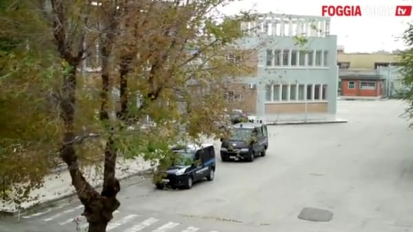 Allarme in carcere, quello di Foggia è al collasso: piovono aggressioni e gli agenti sono pochissimi