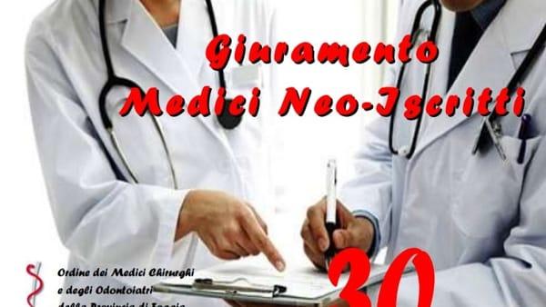 Il giuramento dei neo iscritti: Foggia celebra 34 nuovi medici