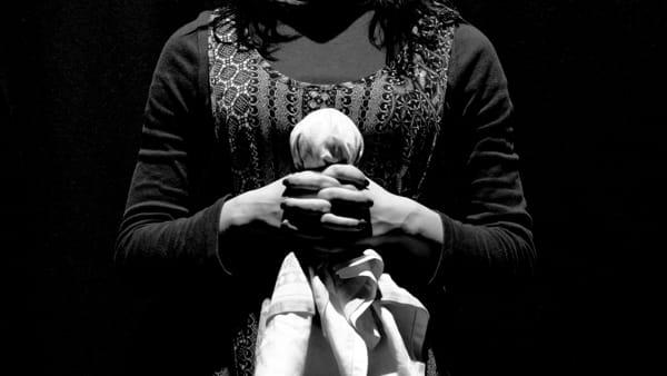 'Anna dei Miracoli', al Teatro della Polvere una produzione ispirata al romanzo di Gibson