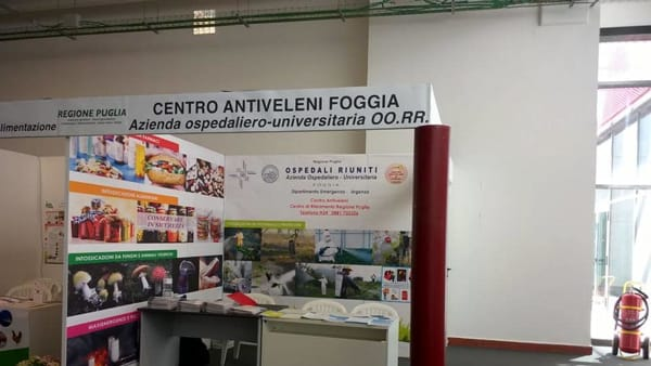 Lo stand del Centro Antiveleni in Fiera
