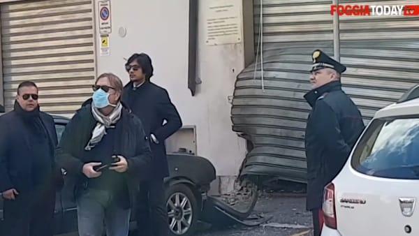 La mafia fa piangere di nuovo 'Stefano': il rumore delle bombe che toglie il silenzio a una città terrorizzata dal virus
