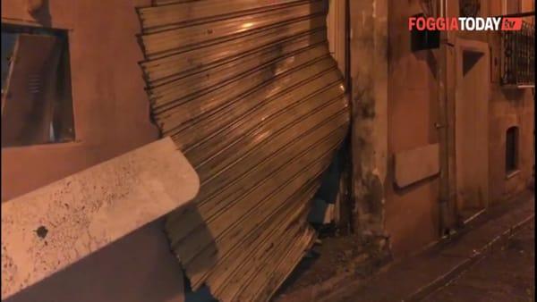 Bomba alla friggitoria 'Poseidon': le immagini sul luogo dell'accaduto