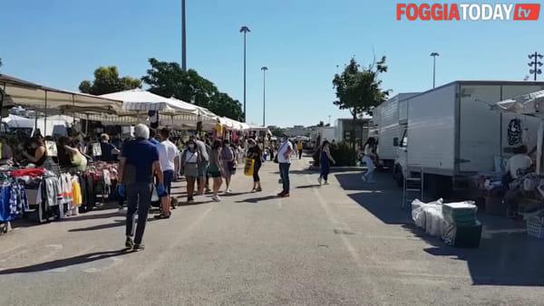 """""""Sta andando bene"""". Foggiani e ambulanti entusiasti per la riapertura del mercato: """"Ma è un po' tutto strano"""""""