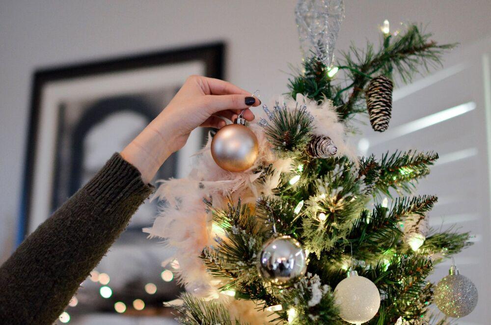 Addobbi Albero Natale.Come Addobbare L Albero Di Natale Idee Consigli E Le Tendenze 2020